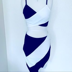 Black and White Outfit Top & Bottom Size Large